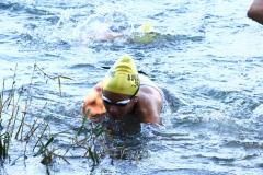 rhyathlon_baggersee_schwimmen_wechsel-13
