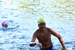 rhyathlon_baggersee_schwimmen_wechsel-15