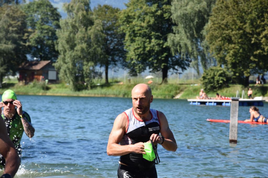 rhyathlon_baggersee_schwimmen_wechsel-177
