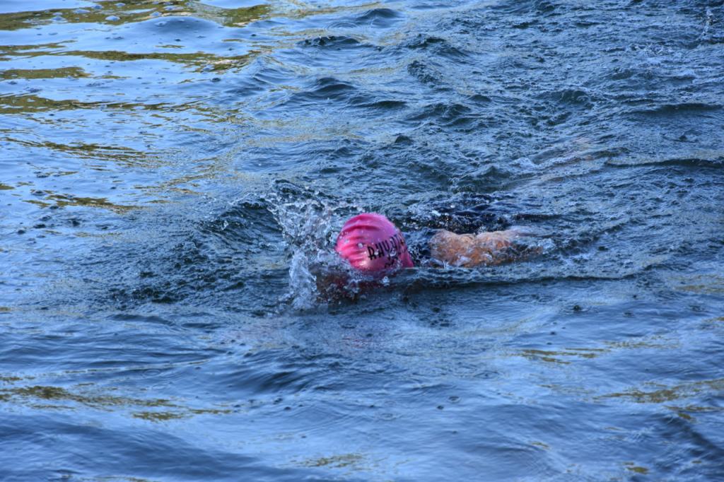 rhyathlon_baggersee_schwimmen_wechsel-47
